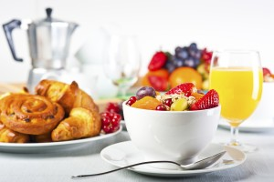 Enjoy a Breakfast In Bed at the Sacramento Marriott Rancho Cordova Hotel