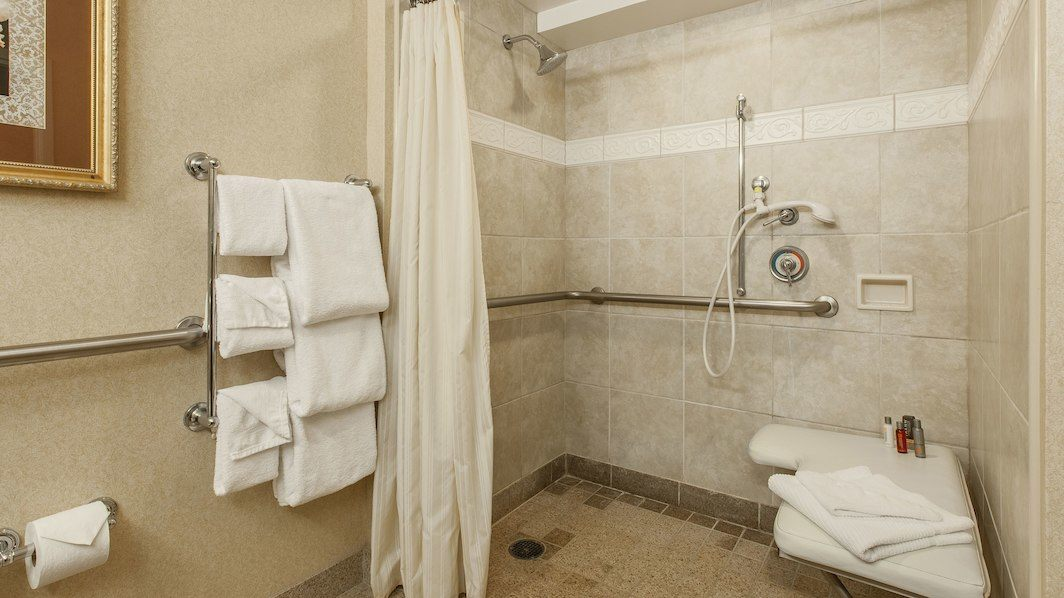 http://www.marriottranchocordova.com/wp-content/uploads/2018/08/sacmc-bathroom-0090-hor-wide.jpg